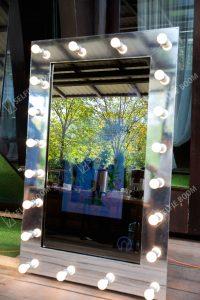 Фотозона селфи зеркало на свадьбу